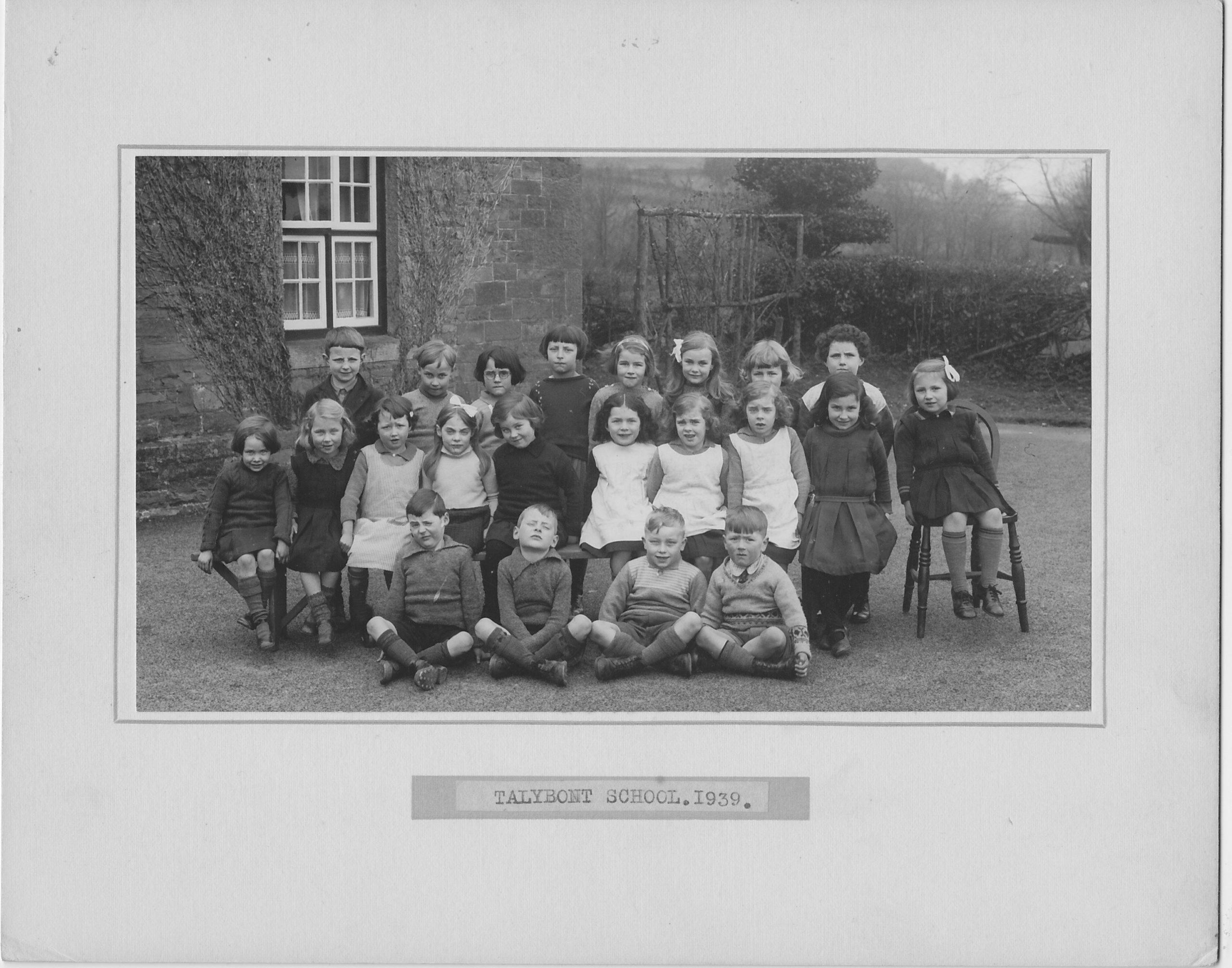 Talybont School infants 1939