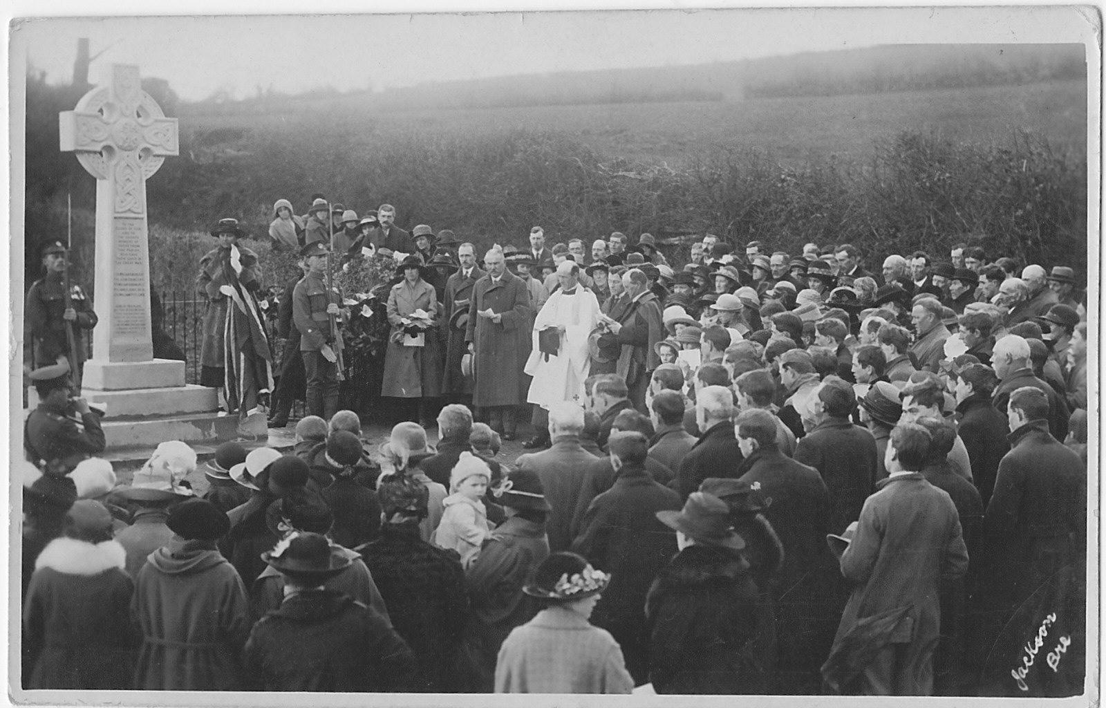 Dedication of memorial Cross Oak