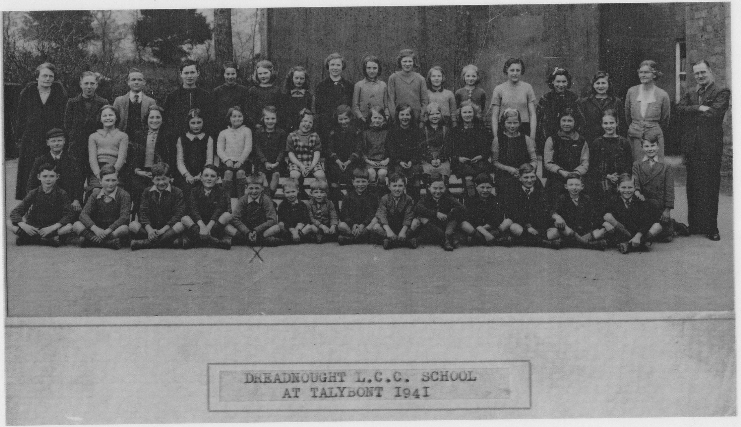 Dreadnought LCC School evacuees 1941