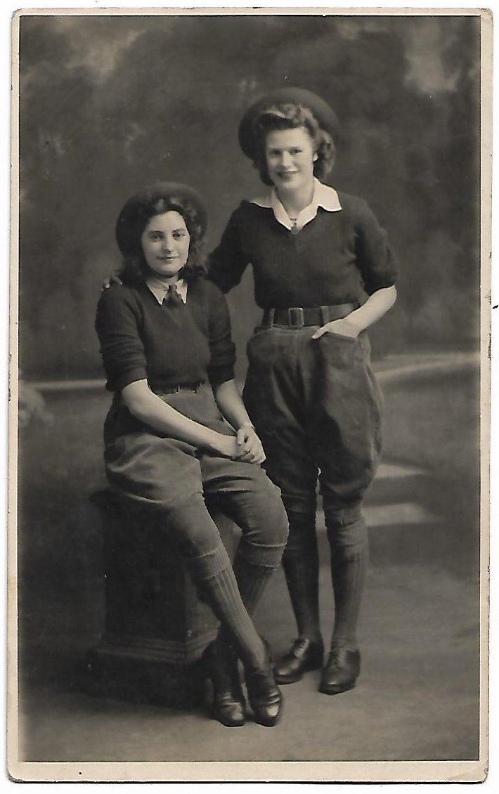 Land Girls. Rose from Yorkshire, who married Reg Lewis from Pencelli, with her future sister-in-law Linda