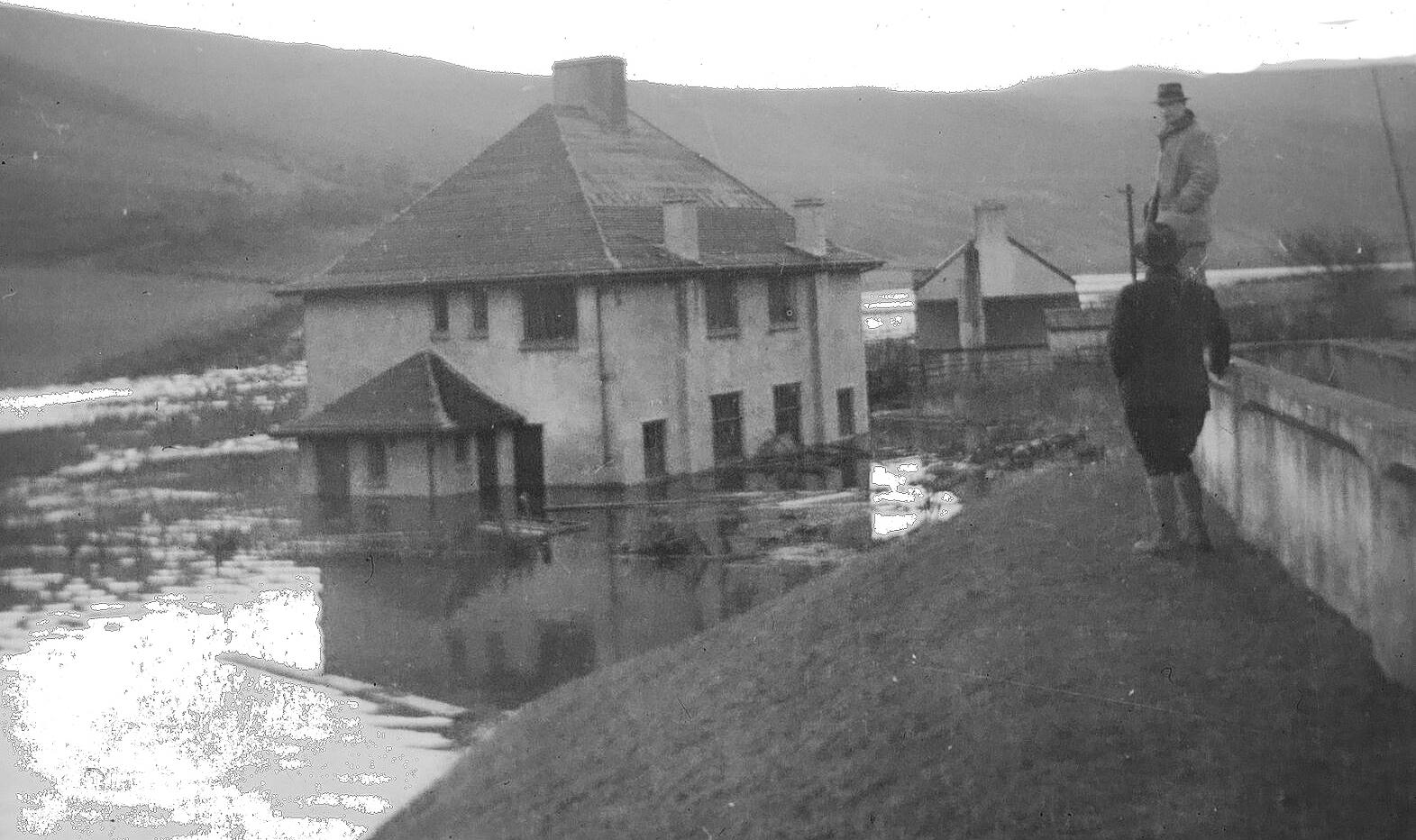 Submerging of the original Reservoir Houses 1938