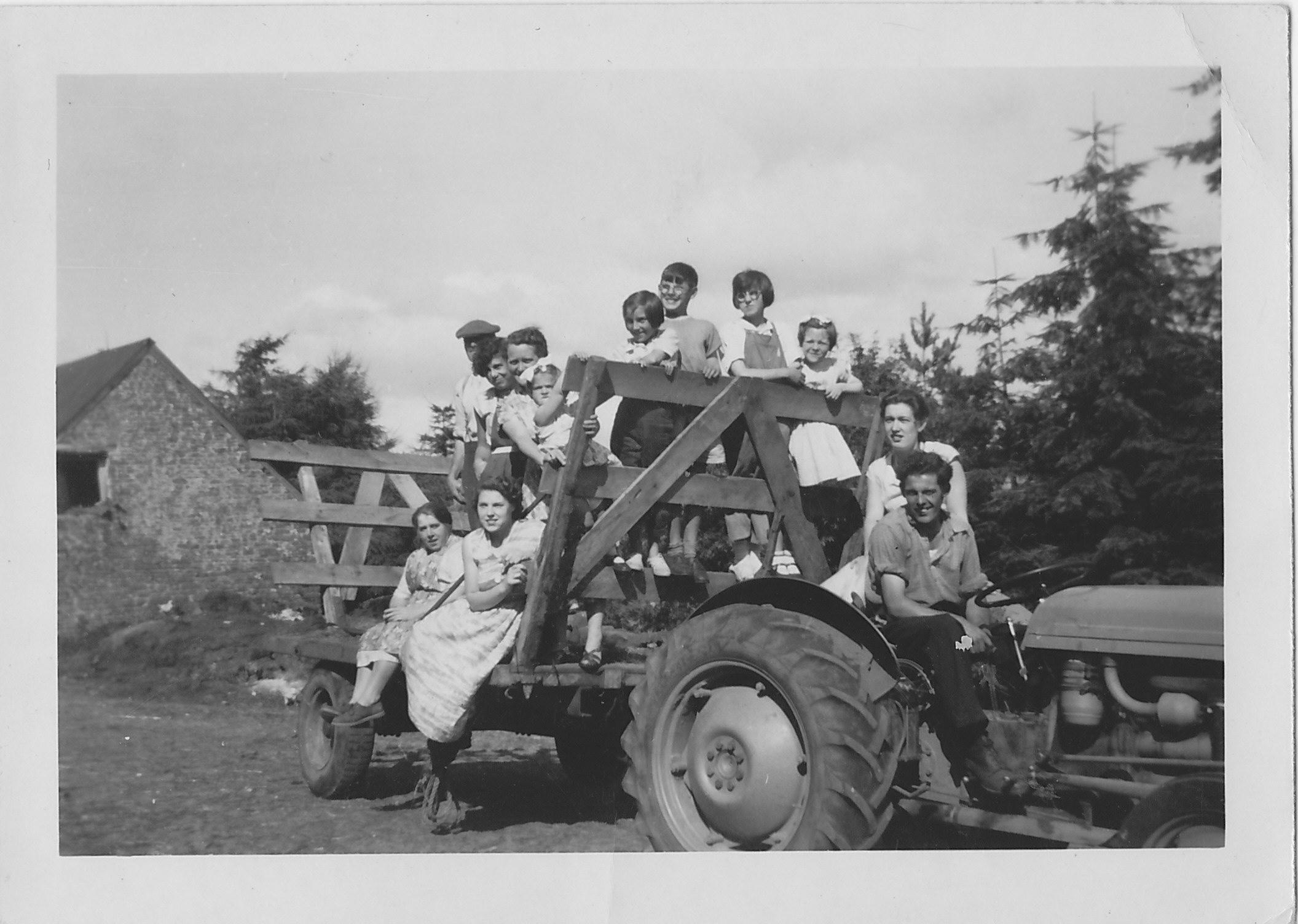 Powell family harvest Wenallt